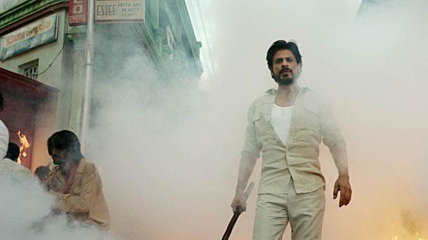 23 जनवरी को फिल्म प्रमोशन के लिए शाहरुख कोटा रेलवे स्टेशन पहुंचे थे