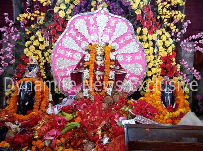 महराजगंज में विराजमान मां दुर्गा