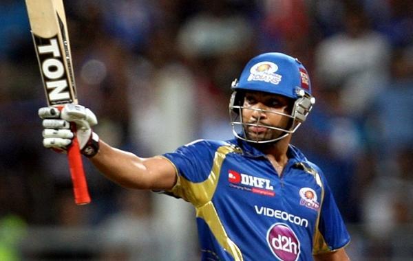 भारतीय बल्लेबाज और मुंबई इंडियंस के कप्तान रोहित शर्मा