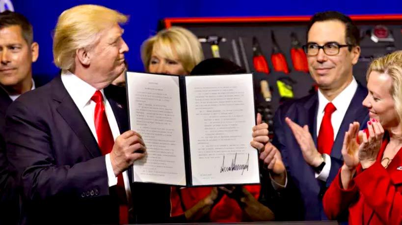 राष्ट्रपति डोनाल्ड ट्रंप: 'बाय अमेरिकन, हायर अमेरिकन'