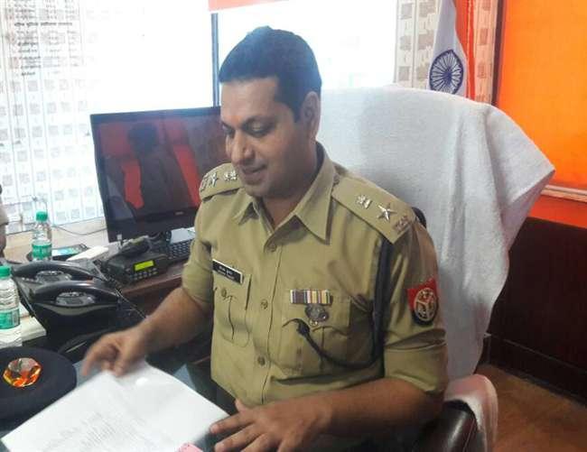 आइपीएस अधिकारी दीपक कुमार