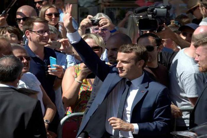 फ्रांस के राष्ट्रपति इमैनुएल मैक्रों