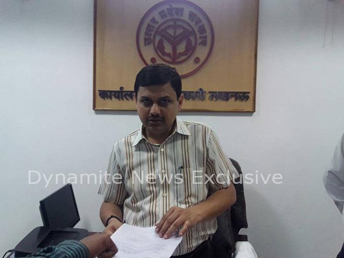 निर्वाचन अधिकारी कौशलराज शर्मा