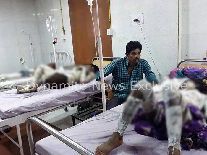 अस्पताल में भर्ती घायल