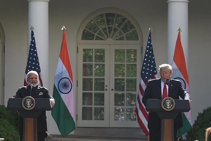 पीएम नरेंद्र मोदी और अमेरिका राष्ट्रपति डोनाल्ड ट्रंप