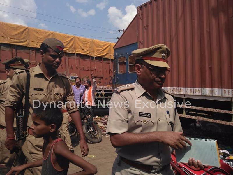 कानपुर बैेक में दिन दहाड़े लूट