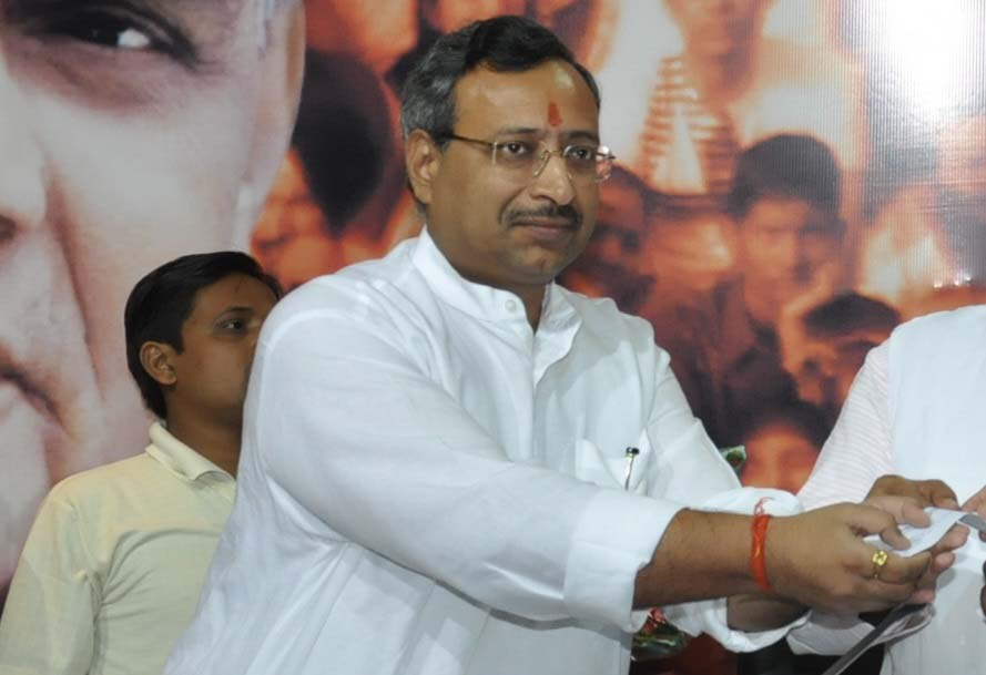 सुप्रीम कोर्ट अधिवक्ता व भाजपा के वरिष्ठ नेता अजय अग्रवाल