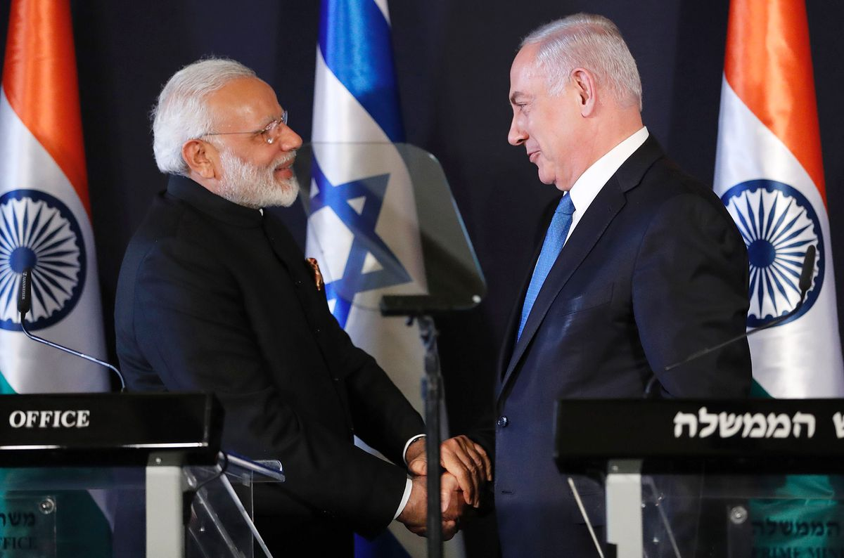 भारतीय प्रधानमंत्री नरेंद्र मोदी और इजरायल के प्रधानमंत्री बेंजामिन नेतन्याहू