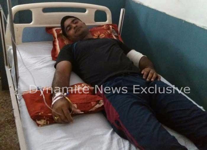 मुठभेड़ के दौरान घायल पुलिमकर्मी अस्पताल में भर्ती
