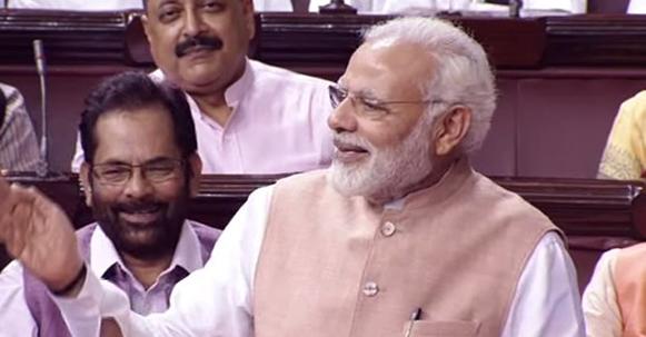 पीएम मोदी ने राज्यसभा में  उपराष्ट्रपति वेंकैया नायडू का स्वागत किया