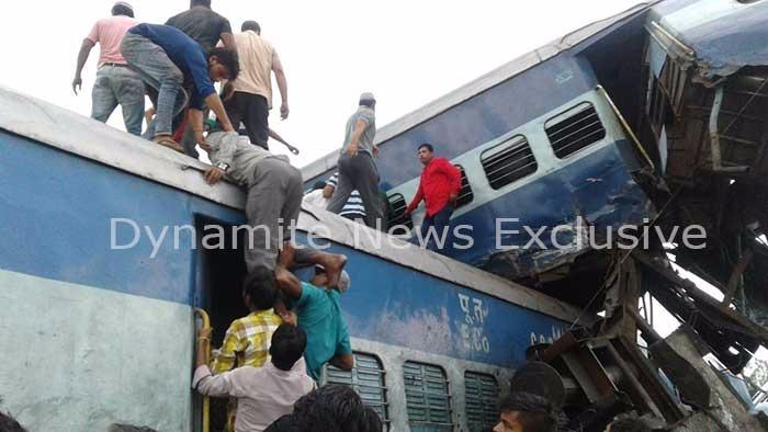 उत्कल-कलिंग एक्सप्रेस की बोगियां ट्रेन से उतरी