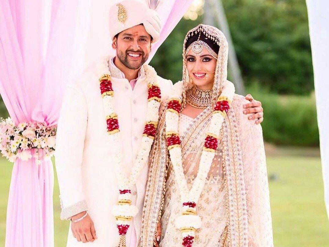 आफताब शिवदासानी अपनी पत्नी निन के साथ (फाइल फोटो)