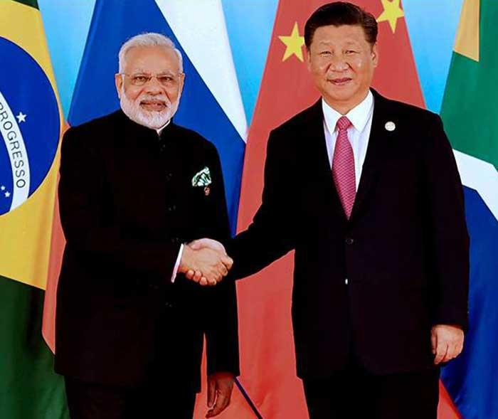 प्रधानमंत्री नरेंद्र मोदी और चीनी राष्ट्रपति शी जिनपिंग