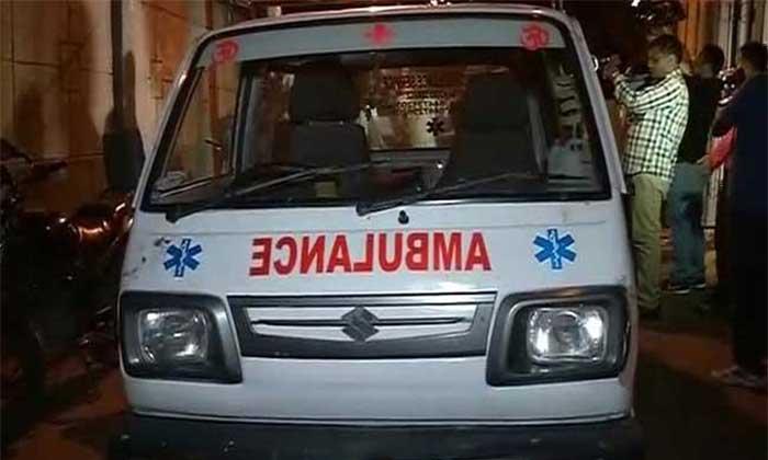 घायलों को अस्पताल भर्ती कराया गया (फाइल फोटो)