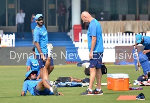 प्रैक्टिस करते भारतीय खिलाड़ी