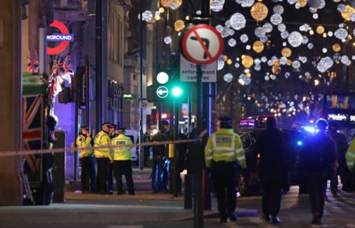 लंदन के ऑक्सफोर्ड स्ट्रीट में भगदड़