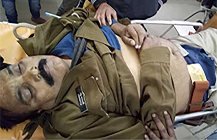सड़क हादसे में मृत सिपाही पुष्पराज सिंह