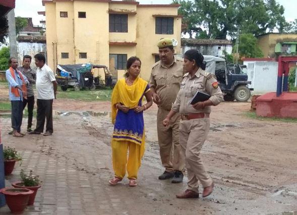 घटना के बाद कोतवाली में पुलिस