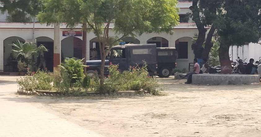 श्यामदेउरवा थाने में बदमाशों से पूछताछ जारी