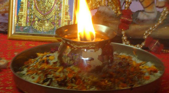 मां दुर्गा की अखंड ज्योत (सांकेतिक तस्वीर)