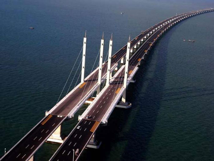विश्व का सबसे लबा समुद्री पुल (फाइल फोटो)