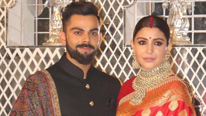 अनुष्का शर्मा अपने पति विराट कोहली के साथ (फाइल फोटो)