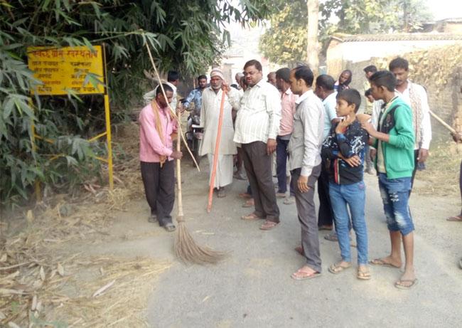 महराजगंज में दिवाली पर स्वच्छता अभियान