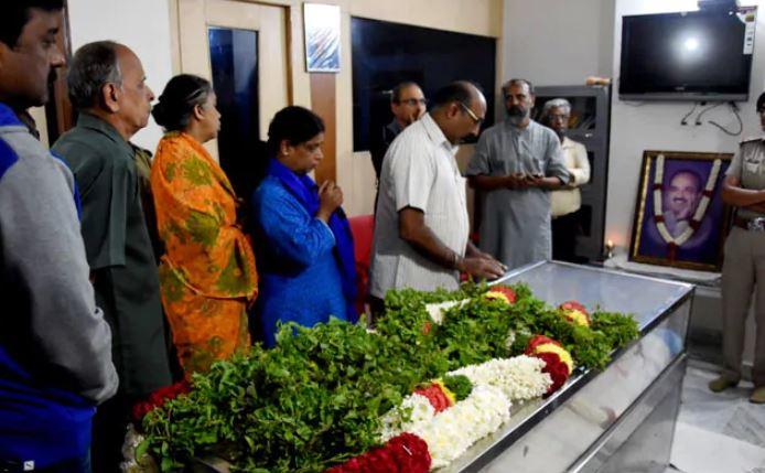 केंद्रीय मंत्री अनंत कुमार का निधन