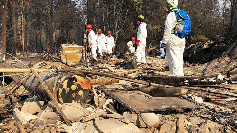 आग लगने के बाद से राहत एवं बचाव कार्य जारी