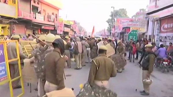 अयोध्या में तैनात भारी पुलिस बल