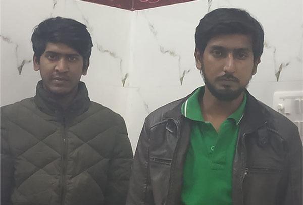 पुलिस गिरफ्त में हत्यारोपी सलमान और अदनान