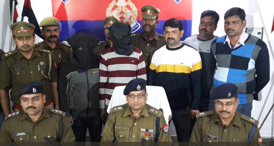 दोहरे हत्याकांड के आरोपी दुर्गेश यादव और राशिद खान पुलिस की गिरफ्त में