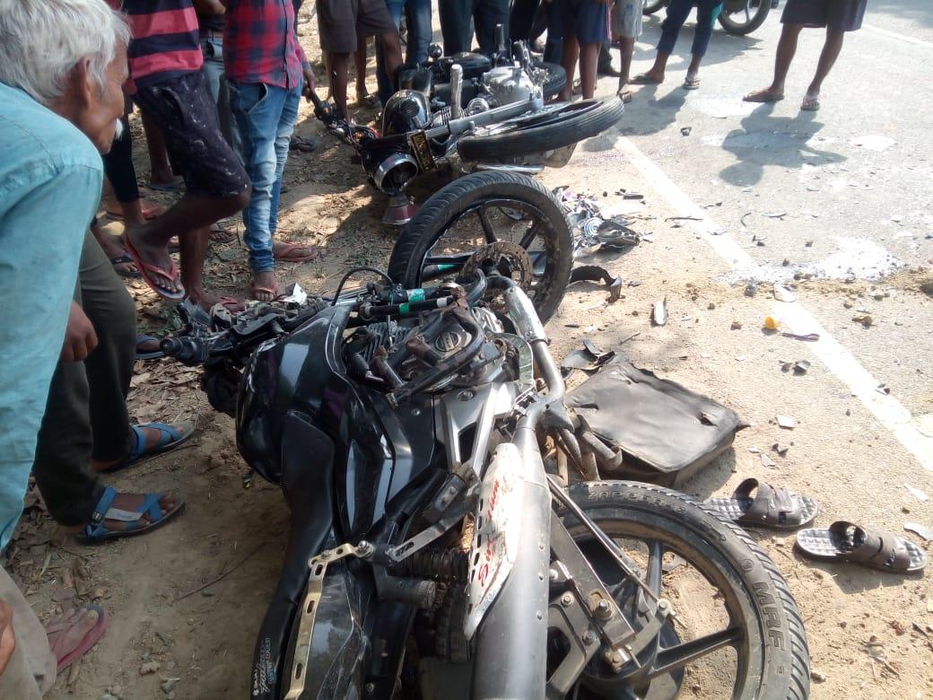 दुर्घटनाग्रस्त मोटरसाइकिल