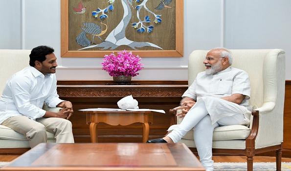 जगन मोहन रेड्डी और प्रधानमंत्री नरेन्द्र मोदी