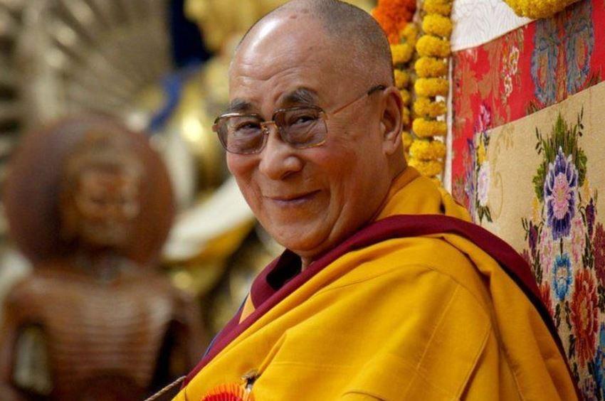 बौद्ध धर्मगुरु दलाई लामा
