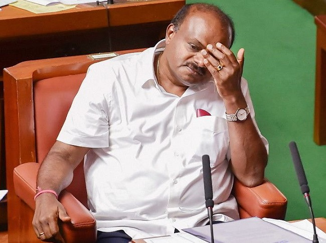 कर्नाटक में मुख्यमंत्री एचडी कुमारस्वामी