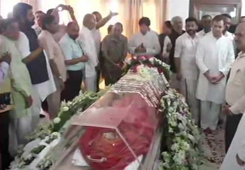 राहुल गांधी ने सुषमा स्वराज के निधन पर जताया दुख