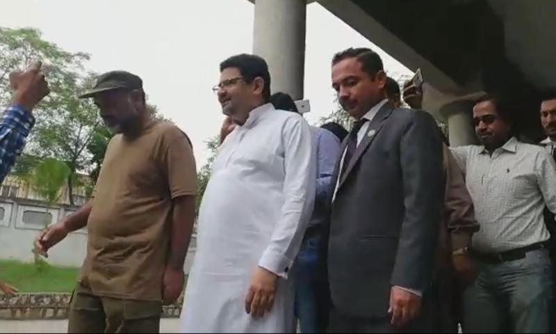 पाकिस्तान के पूर्व वित्त मंत्री मिफ्ताब इस्माइल गिरफ्तार