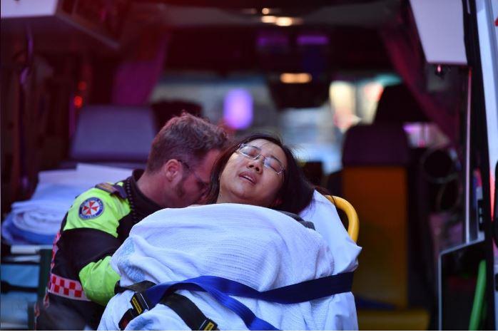 ऑस्ट्रेलिया में व्यक्ति ने महिला को चाकू घोंपा