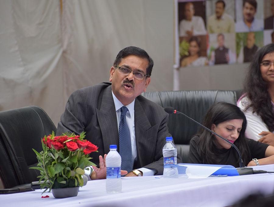 भारत के राष्ट्रपति श्री रामनाथ कोविंद के सचिव व वरिष्ठ आईएएस संजय कोठारी