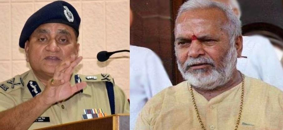 बांये डीजीपी ओपी सिंह व दांये स्वामी चिन्मयानंद (फाइल फोटो)