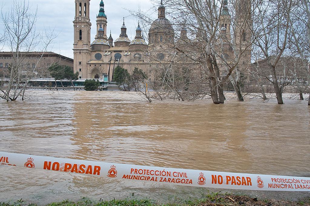 बाढ़ ने स्पेन में मचाई तबाही