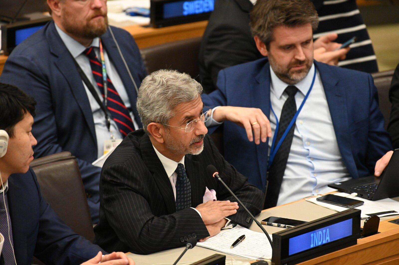 ब्रिक्स की बैठक में भारत ने आतंकवाद और आर्थिक अपराधियों का मुद्दा उठाया