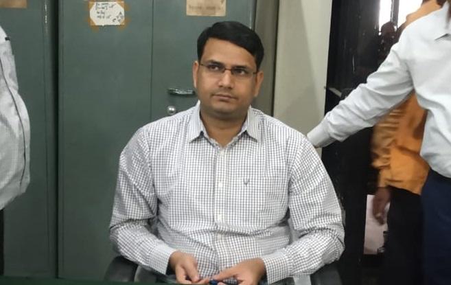 महराजगंज के नए डीएम उज्ज्वल कुमार