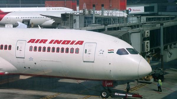 एयर इंडिया में 100 फीसदी हिस्सेदारी बेचने का फैसला