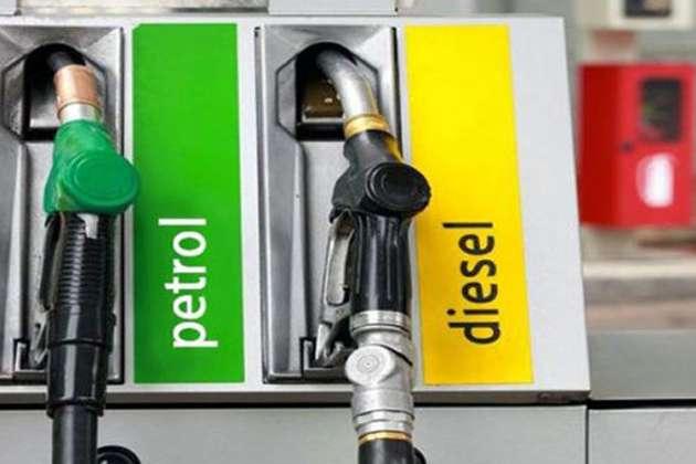 पेट्रोल और डीजल के दाम में लगातार गिरावट