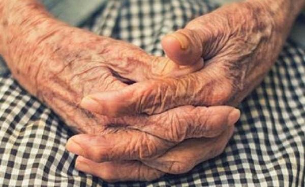 वृद्ध महिला(फाइल फोटो)