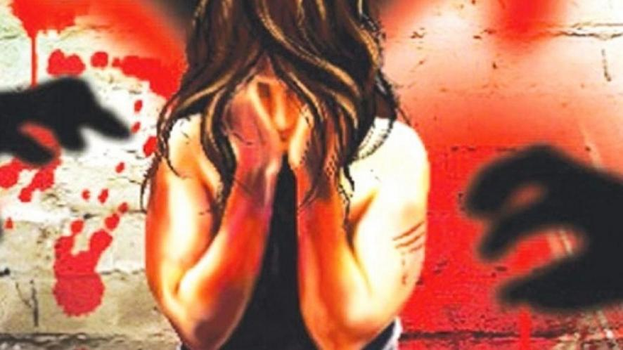 बलात्कार पीड़िता की हुई मौत (प्रतीकात्मक फोटो)