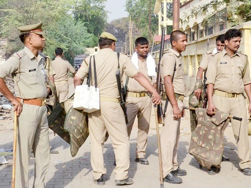 पुलिसकर्मियों की छुट्टियां रद्द (फाइल फोटो)