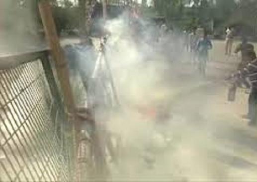 शाहीन बाग धरनास्थल पर फेंका गया पेट्रोल बम